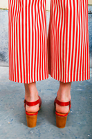 Red Slingback clogs  image