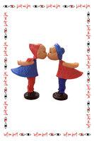 Magnetic Kissing Dolls image